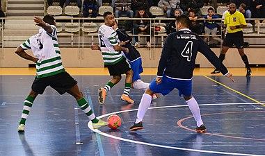 2015-02-28 16-15-08 futsal.jpg