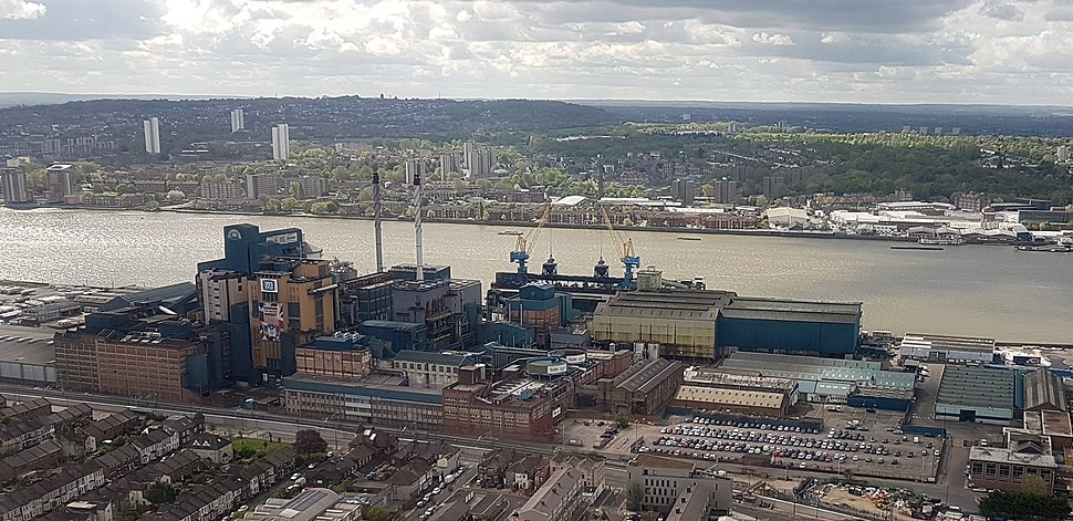 2018 LCY, aerial view of Tate %26 Lyle, Silvertown (cropped)
