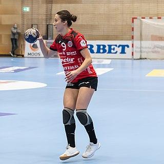 Aslı İskit Turkish handball player