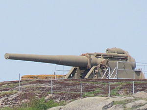 24 cm cannon M04 at Älvsborgs fästning (2).JPG