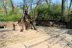 2916-Central Park-Hans Christian Andersen Statue