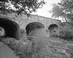 3-4 VIEW FROM SW. - West Sixth Street Bridge, Spanning Shoal Creek at West Sixth Street, Austin, Travis County, TX HAER TX,227-AUST,24-2.jpg