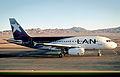 323af - LAN Airbus A319, CC-COY@CJC,29.09.2004 - Flickr - Aero Icarus.jpg