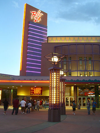 English: The Cinemark Rio 24 movie theater in ...