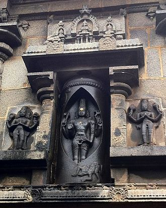 Sikkal Singaravelan Temple - A sculpture depicting a deity inside the forehead-eye (third eye) of the Lingam at Sikkal temple
