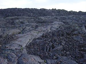 ʻAʻā next to pāhoehoe lava at the Craters of the Moon National Monument and Preserve, Idaho, United States.
