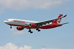 Air Berlin Airbus A330-223 D-ABXD (27937727431).jpg