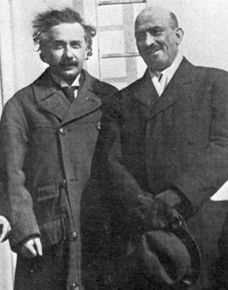 Sophia Getzowa - Albert Einstein and Chaim Weizmann (1921)