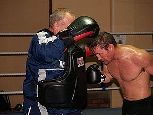 Michael Gomez - Training on bodywork with Bobby Rimmer