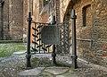 Alt St. Alban - Kriegsgefangenenmahnmal (9136-38).jpg