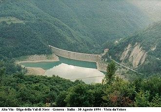 Montoggio - Image: Alta Via Diga Val di Noce Genova Italia 1994 Itinerari Crocetta d'Orero Creto