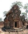 Angkor-Banteay Srei-20-Suedliche Bibliothek-2007-gje.jpg