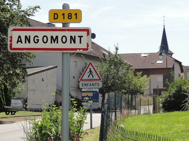 Angomont (M-et-M) city limit sign