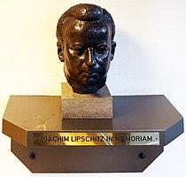 Büste Auerbacher Str 7 (Grune) Joachim Lipschitz.jpg