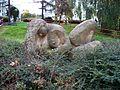 Břevnov, socha ležící ženy v parčíku u polikliniky.jpg