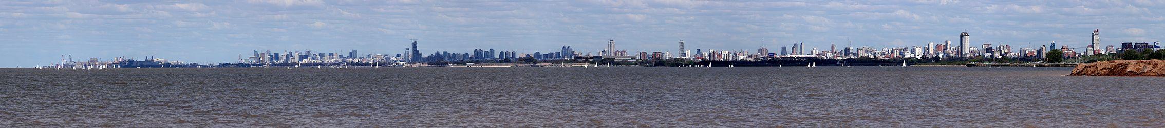 daytime skyline of a city