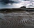 Bamburgh Castle - geograph.org.uk - 907754.jpg