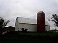 Barn and Silo in Richland Center - panoramio.jpg