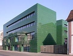 farmacia del Hospital Universitario de Basilea (1995-1997)