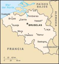 Bruselas, Amberes, Gante, Charleroi, Lieja, Brujas y Namur son las siete ciudades principales de Bélgica, con una población de más de 100.000 habitantes