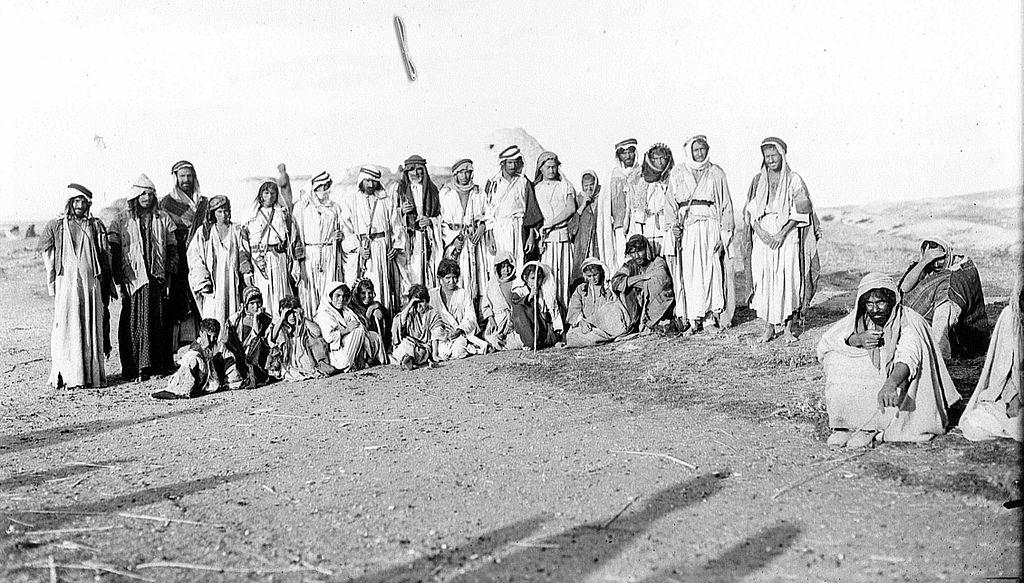 File:Bedouins Urfa region.jpg - Wikimedia Commons