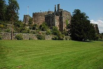 Maurice Berkeley, 1st Baron FitzHardinge - Berkeley Castle, home of the Berkeley family, where Lord FitzHardinge died