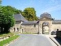 Boran-sur-Oise (60), Château, rue du Château, portail.jpg