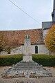 Bouilly-en-Gâtinais monument aux morts.jpg