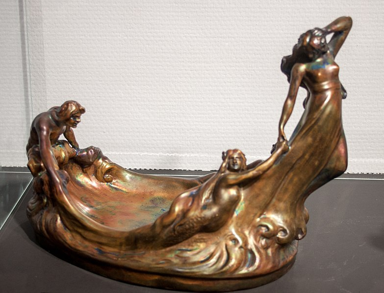 File:Bowl with nymphs, 1903, 2017-11-18.jpg