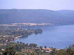 Image illustrative de l'article Lac de Bracciano