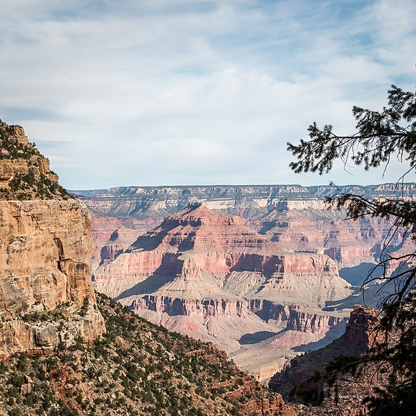 File:Bright Angel Trail, South Rim, Grand Canyon (32724913520).jpg