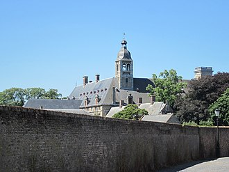 Ten Duinen Abbey - The 17th-century abbey buildings in Bruges
