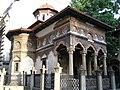 Bucarest - Eglise Stravopoleos.jpg