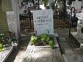 Bucuresti, Romania, Cimitirul Bellu Ortodox (Mormantul lui George Calinescu - scriitor) (detaliu).JPG