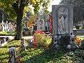 Bucuresti, Romania. Cimitirul Bellu Catolic. Zi de toamna insorita cu inger.jpg