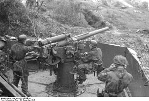Cannone da 75/46 C.A. modello 34 - Cannone da 75/46 C.A. modello 40 at Mount Circeo, 1943.