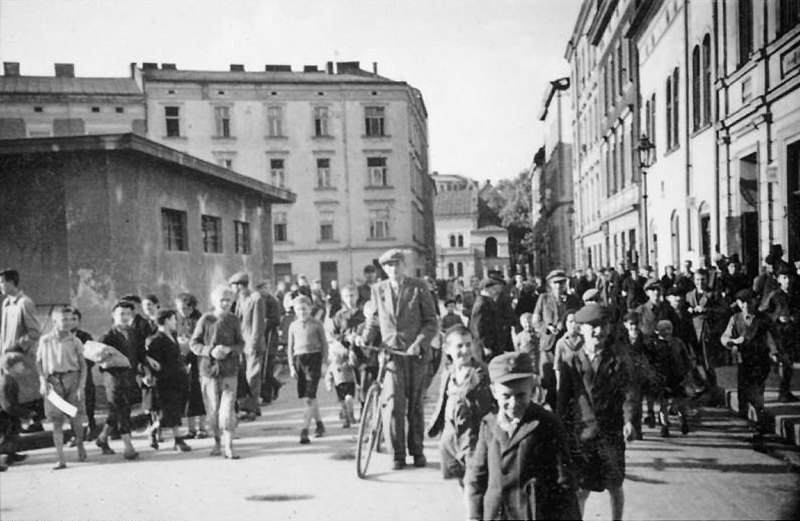 Rue Esther dans le quartier de Kazimierz en 1940 à Cracovie.
