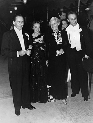 Florence Eldridge - Left to right: Fredric March with his wife Florence Eldridge, Helga Maria zu Löwenstein-Wertheim-Freudenberg (born Schuylenburg) with husband Hubertus Prinz zu Löwenstein-Wertheim-Freudenberg at the Premiere of Anthony Adverse on 29. July 1936 in Los Angeles