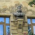 Busta Jiřího z Poděbrad - Praha.jpg