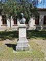 Bustul lui Gh. Rarincescu, Focșani.jpg