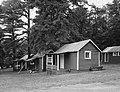 Cabins. Looking NW HABS.jpg