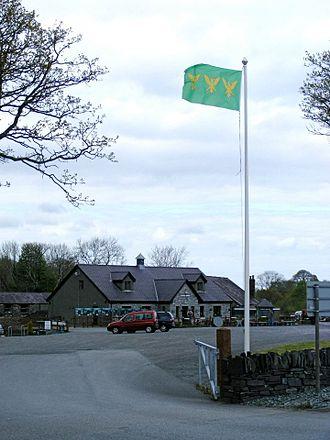 Groeslon - The Flag of Caernarfonshire flying at Inigo Jones Slate Works, Groeslon