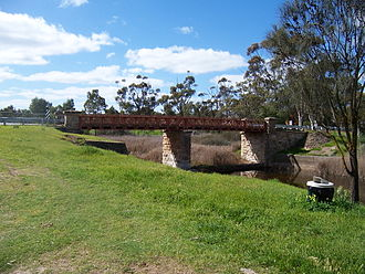 Callington, South Australia - Single lane Callington Bridge over River Bremer