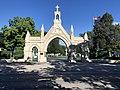 Calvary Cemetery entrance.jpg