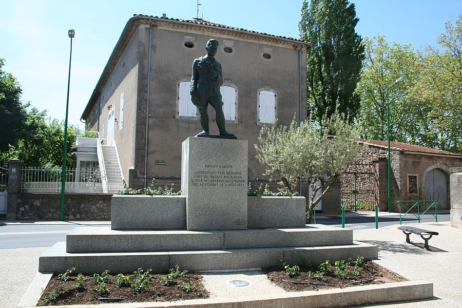 Canet (Hérault) - monument à la mémoire du commandant Paul Demarne (1904-1944), chef du maquis Bir Hakeim, tué au combat le 4 August 1944 près de Gignac.