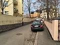 Cars on the sidewalk (43756576250).jpg