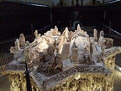 Cartuja de Moraflores (Burgos) - Tumba de Juan II.jpg