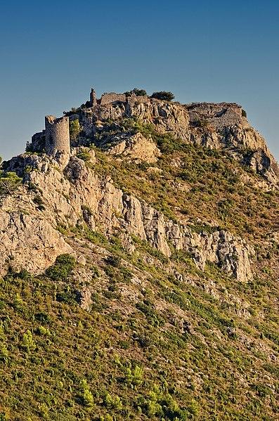 File:Castell de Montornes.jpg
