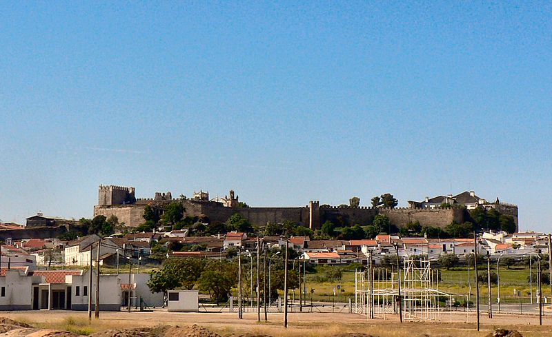 Imagem:Castelo de Serpa 1.JPG