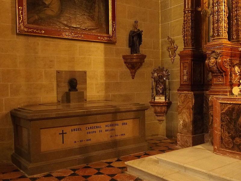 File:CatedralMalaga-AngelHerrera-tumba.JPG